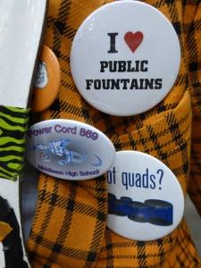 I <3 quads in public fountains.